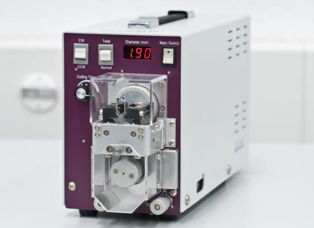 Komax Cosmic 927R / 927RX / 927RX-WL – Роторные машины зачистки
