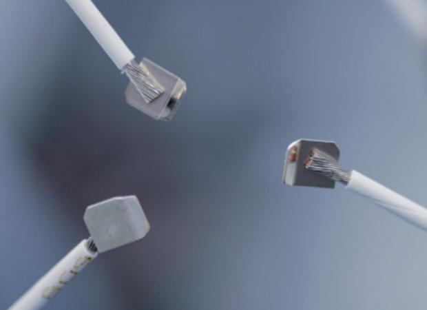 Komax Alpha 356 – станок для комплексной обработки проводов: примеры готовых проводов фото 2