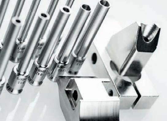 Komax Alpha 530 - автоматическая линия для обработки проводов: набор деталей