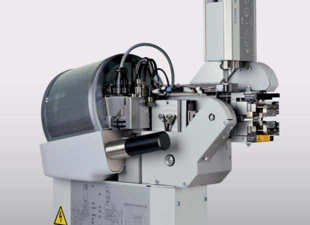 Komax mci 765C – модуль надевания резинового уплотнителя на провод