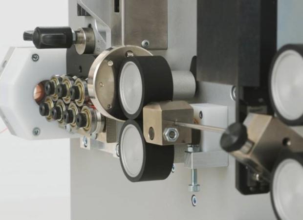 Механизм работы станка Komax Kappa 310