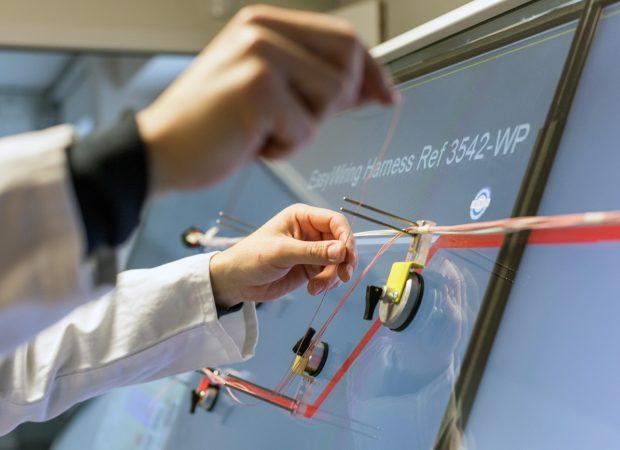 Laselec EasyWiring - Цифровой стол для мониторинга производства в реальном времени