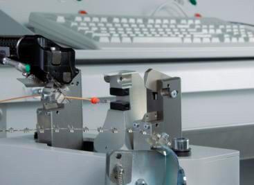 Komax Alpha 355 S – станок для комплексной обработки проводов: детали крупным планом